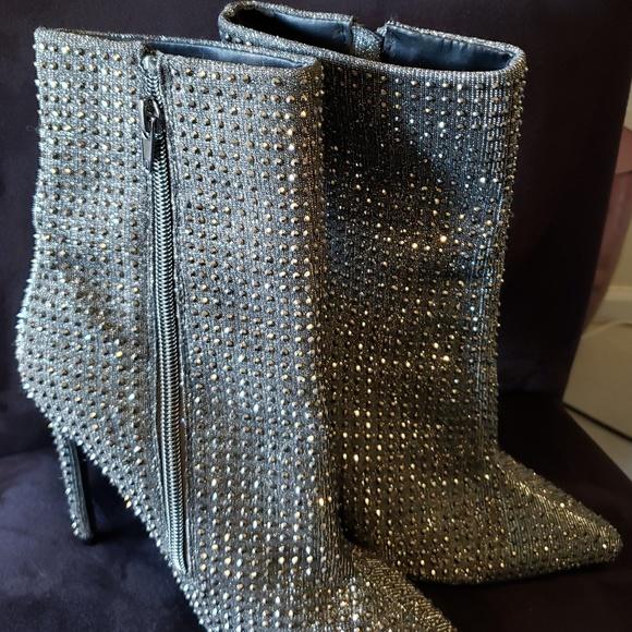 Planificado Pesimista Glamour  Steve Madden Shoes | Steve Madden Wifey Rhinestone Ankle Boots Sz 7 |  Poshmark